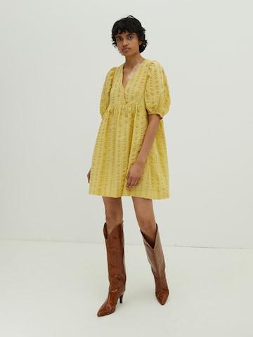EDITED - Vestido 'Hattie' en amarillo