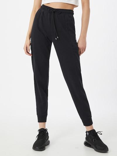 Nike Sportswear Hlače | črna / bela barva, Prikaz modela