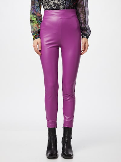 GUESS Leggings in lila, Modelansicht