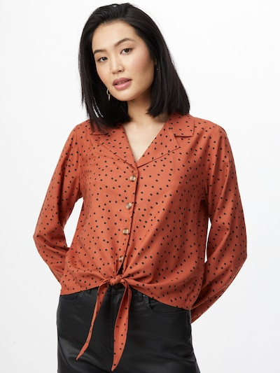ABOUT YOU Blouse 'Lexa' in de kleur Roestrood, Modelweergave
