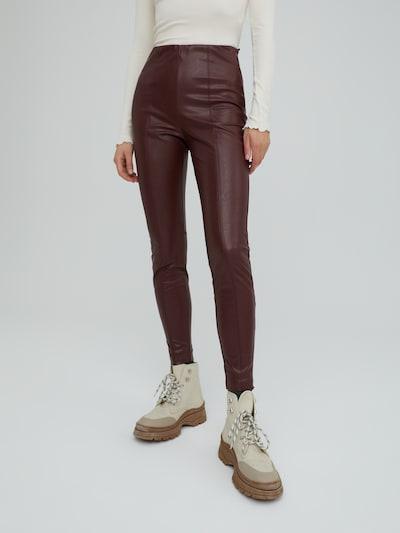 EDITED Leggings 'Teresa' in Burgundy, View model