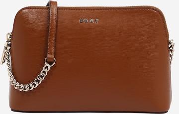DKNY Τσάντα ώμου 'Bryant ' σε καφέ