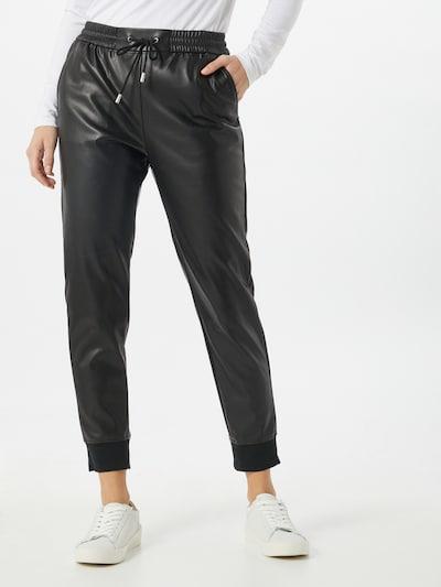 Rich & Royal Hose in schwarz, Modelansicht