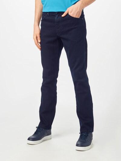 WRANGLER Jean 'Greensboro' en noir denim, Vue avec modèle