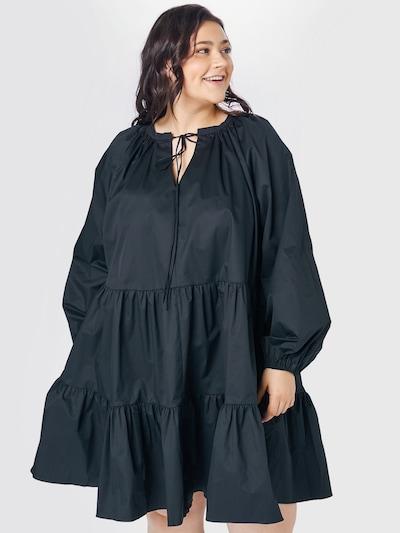 Rochie GLAMOROUS CURVE pe negru, Vizualizare model