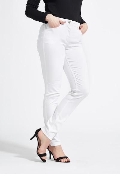 LauRie Jeans Laura mit hohem Bund in weiß, Modelansicht