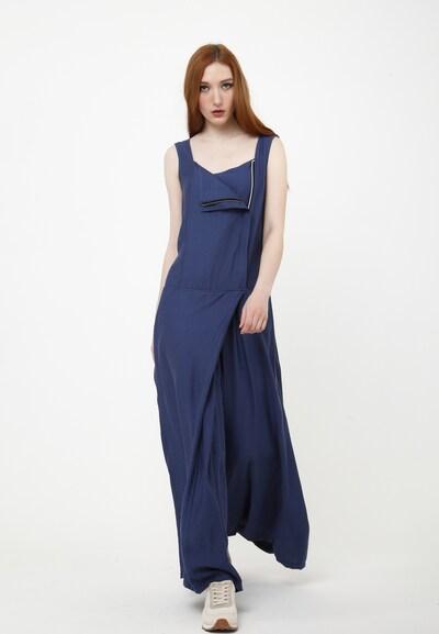 Madam-T Jumpsuit in de kleur Blauw, Modelweergave