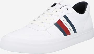 TOMMY HILFIGER Sneaker 'Core Corporate Strip' in Weiß