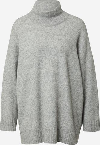 JUST FEMALE Υπερμέγεθες πουλόβερ σε γκρι