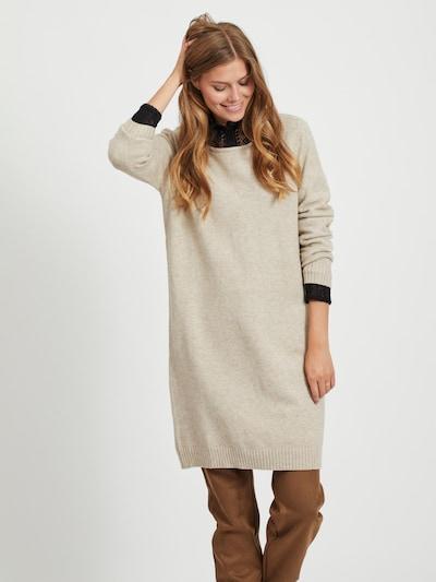 VILA Gebreide jurk in de kleur Beige, Modelweergave