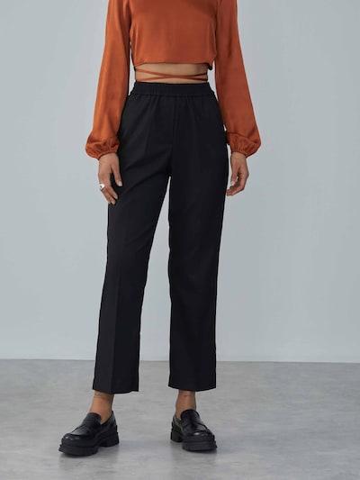 LeGer by Lena Gercke Pleated Pants 'Zoe' in Black, View model