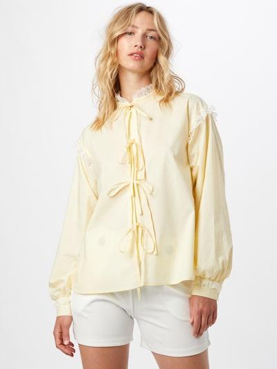 Résumé Blusa 'Edith' en amarillo claro / blanco, Vista del modelo