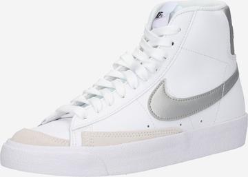 Nike Sportswear Ketsid, värv valge