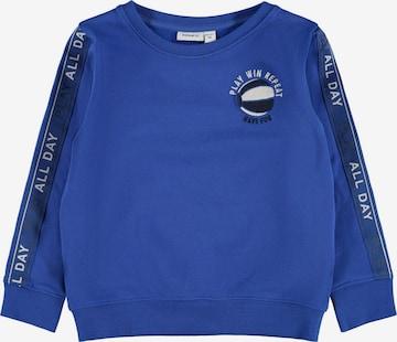 NAME IT Sweatshirt 'Loui' i blå
