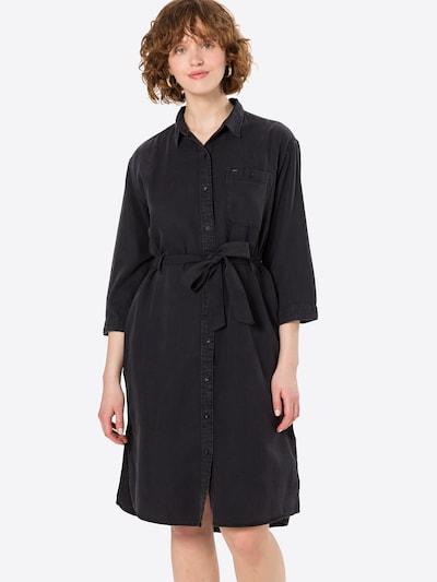 Lee Robe-chemise en noir, Vue avec modèle
