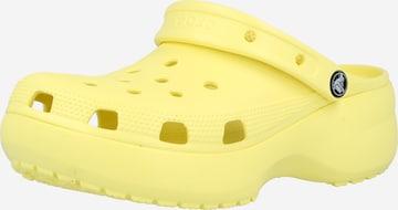 Crocs Slipper 'Classic Platform Clog W' in Gelb