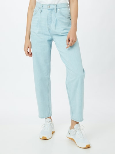 Calvin Klein Jeans Pleated Jeans in Light blue, View model