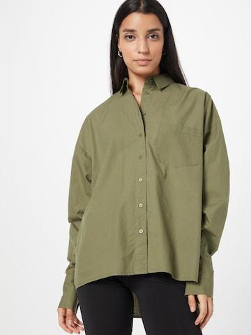 Camicia da donna 'Dalia' di ABOUT YOU x INNA in verde