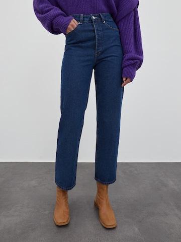 EDITED Jeans 'Simea' i blå