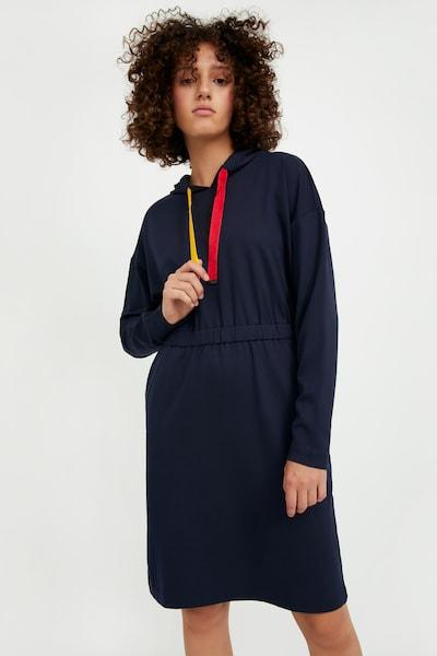 Finn Flare Freizeitkleid in dunkelblau, Modelansicht