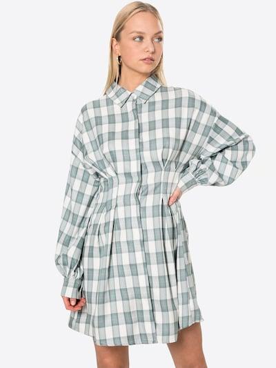 Missguided Kleid in blau / weiß, Modelansicht