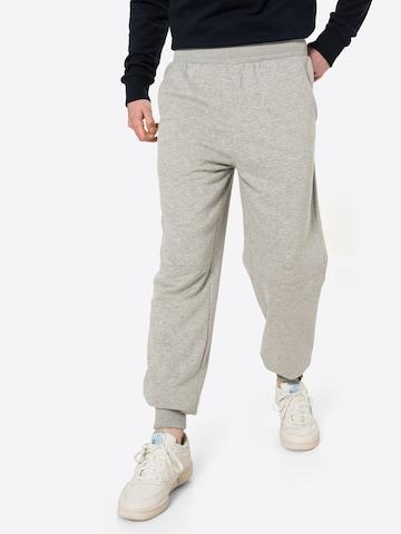 Pantaloni 'Sometimes we just know' di Fli Papigu in grigio