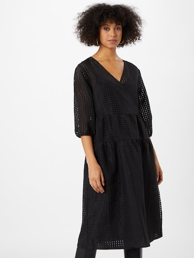Rochie Love Copenhagen pe negru, Vizualizare model