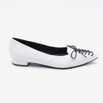 PACO GIL Flats & Loafers in 38 in White