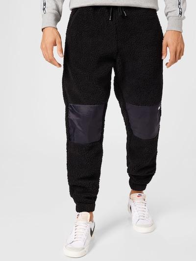 Pantaloni forét pe negru, Vizualizare model