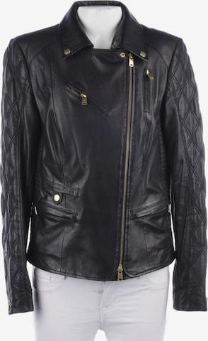 Schyia Jacket & Coat in S in Black