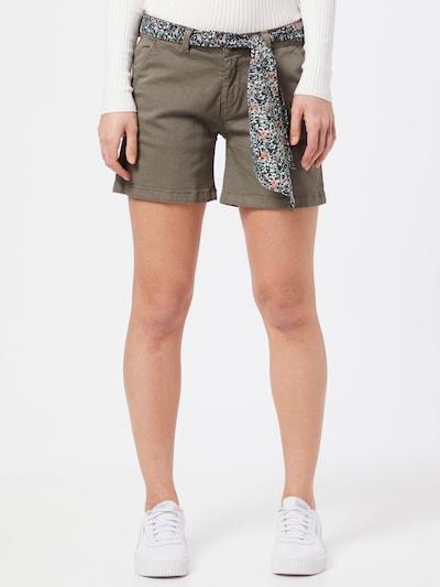 Le Temps Des Cerises Shorts 'LIVE' in grasgrün, Modelansicht