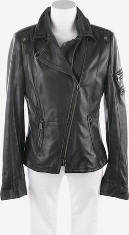 Schyia Jacket & Coat in XL in Black