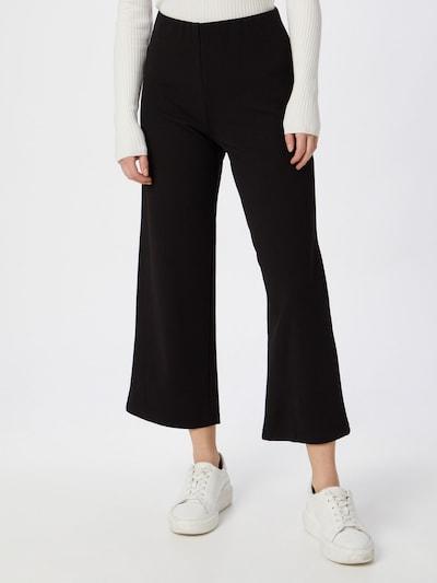 JACQUELINE de YONG Byxa 'HUGH' i svart, På modell