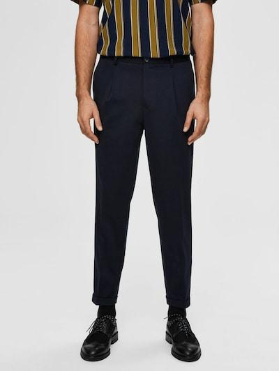 Pantaloni cutați SELECTED HOMME pe bleumarin, Vizualizare model