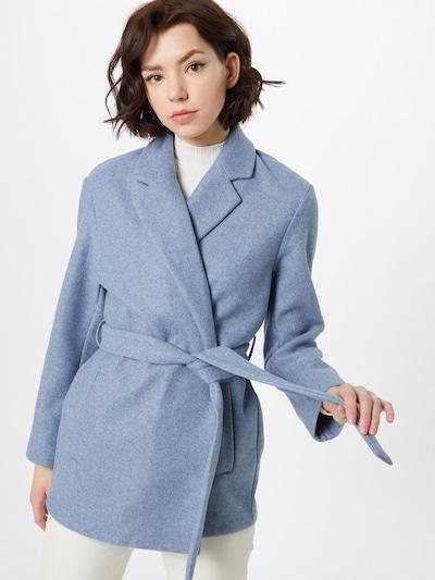 ONLY Overgangsfrakke i violetblå, Modelvisning