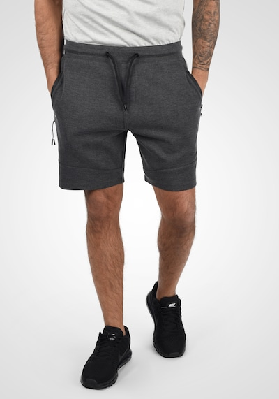 !Solid Shorts 'Gelly' in grau, Modelansicht