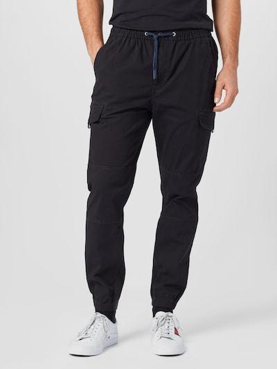 Laisvo stiliaus kelnės iš Tommy Jeans , spalva - juoda, Modelio vaizdas