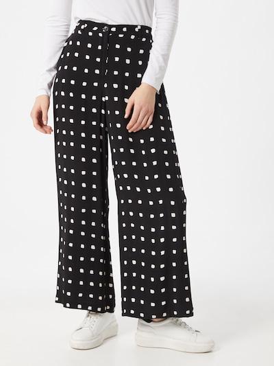 Masai Hose 'Perinus' in schwarz / weiß, Modelansicht