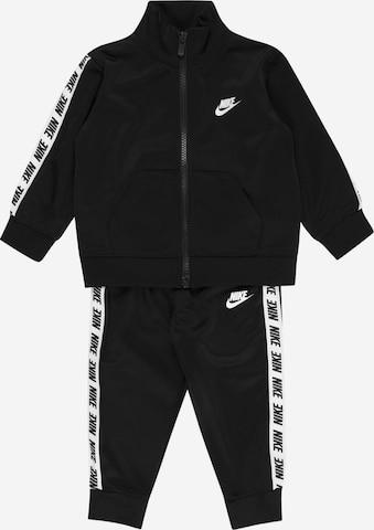 Nike Sportswear Tracksuit in Black