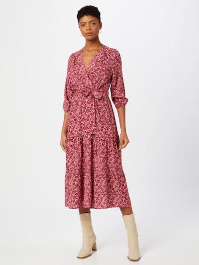 Freebird Kleid in rosa / pitaya / himbeer, Modelansicht