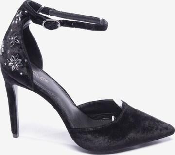 Rachel Zoe High Heels & Pumps in 39 in Black