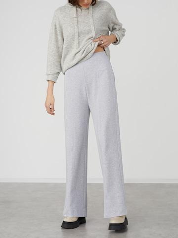 Pantalon 'Roxane' LeGer by Lena Gercke en gris
