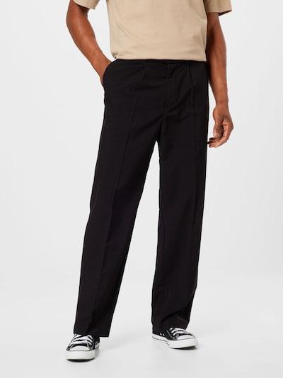WEEKDAY Pantalon à pince 'Conrad' en noir, Vue avec modèle