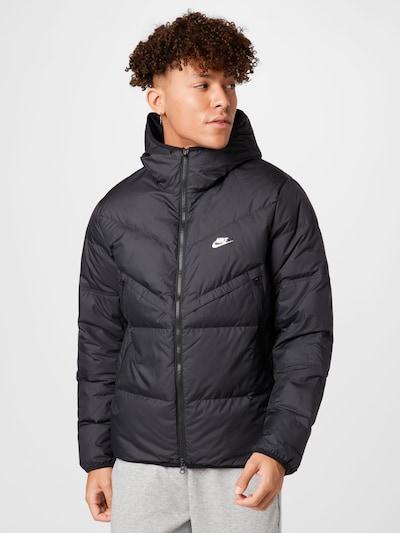 Nike Sportswear Jacke in schwarz / weiß: Frontalansicht