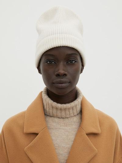 Megzta kepurė 'Javier' iš EDITED , spalva - balta, Modelio vaizdas