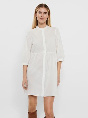 VERO MODA Košeľové šaty 'Sisi' - biela