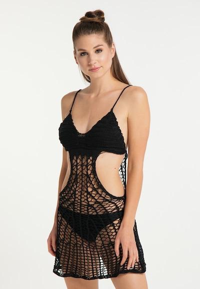 MYMO Strandjurk in de kleur Zwart, Modelweergave