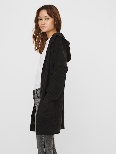 VERO MODA Strickjacke in schwarz, Modelansicht