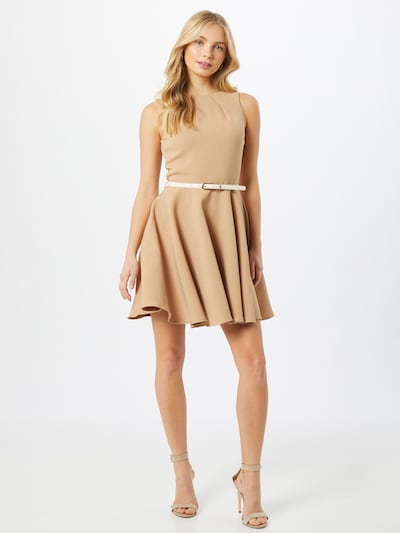 Closet London Cocktailjurk 'D2976' in de kleur Beige, Modelweergave