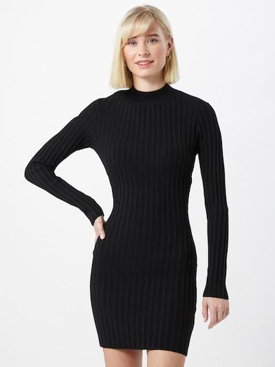 Rochie tricotat NA-KD pe negru: Privire frontală